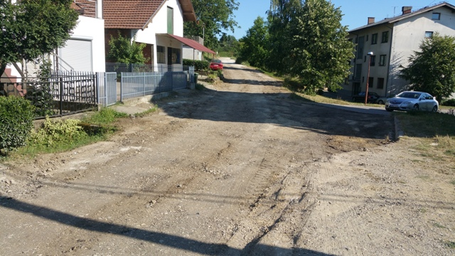 Contract signed- road reconstruction in LC Bukva-Rakija